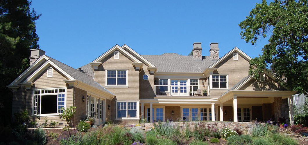 Round hill country club custom home diamond construction for Custom country homes